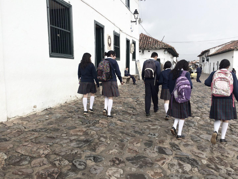 schoolgirls-villa-de-leyva