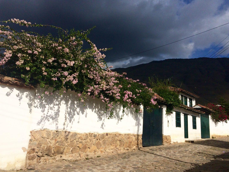 whitewashed-walls-villa-de-leyva